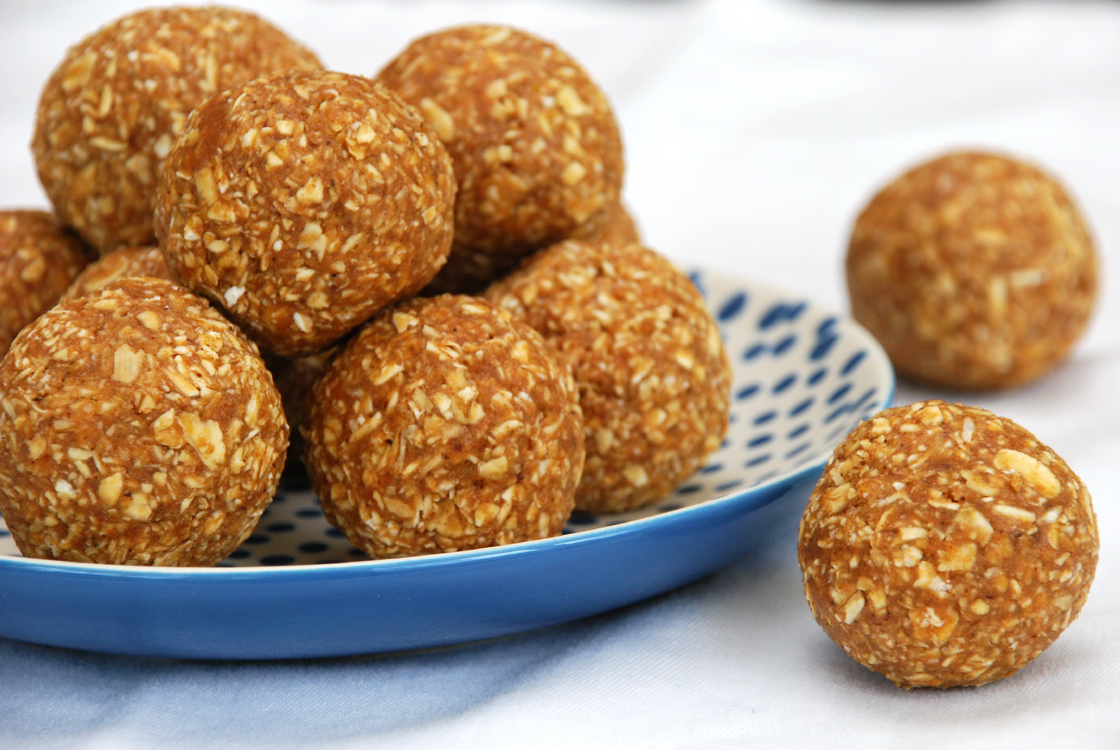 Apple Pie Protein Balls
