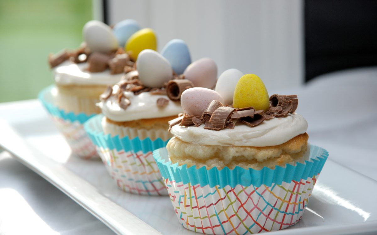 white easter egg cupcakes
