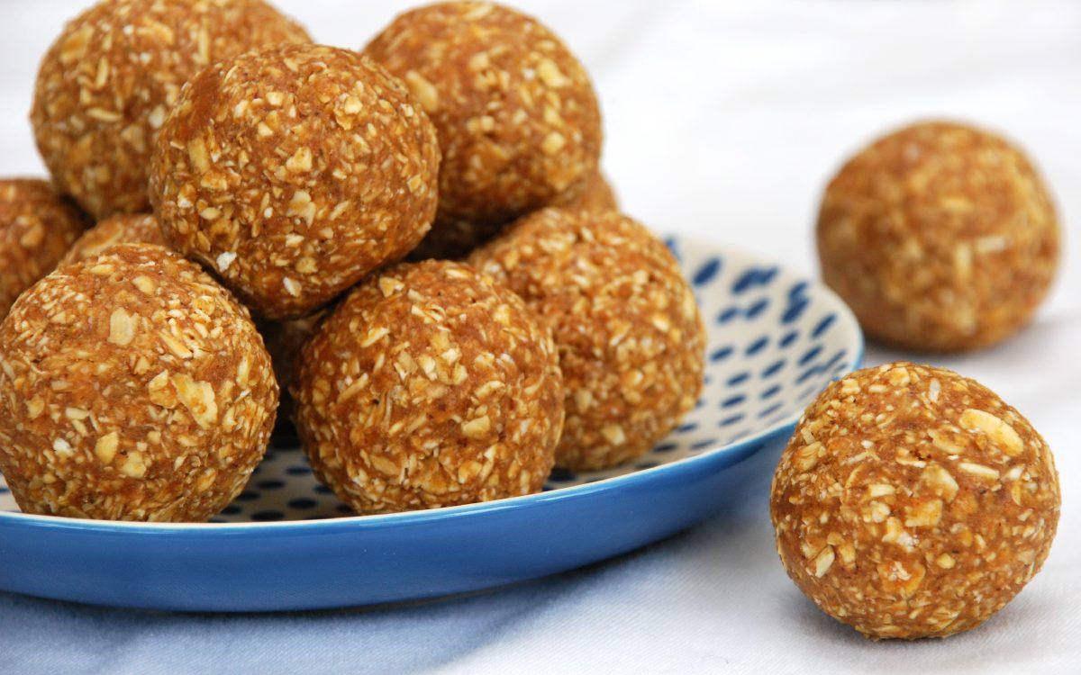 apple pie protein balls2